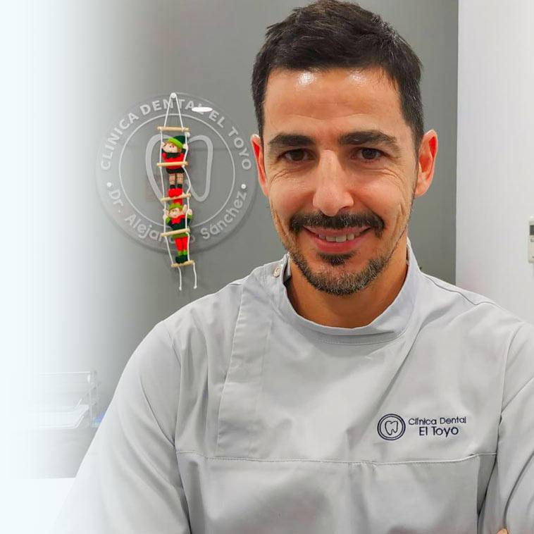 Dr. Manuel Oses